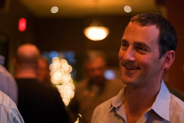Jason Spero Directeur Google Mobile - Evenement AdMob - Enquete IPSOS - 2011 - Photo